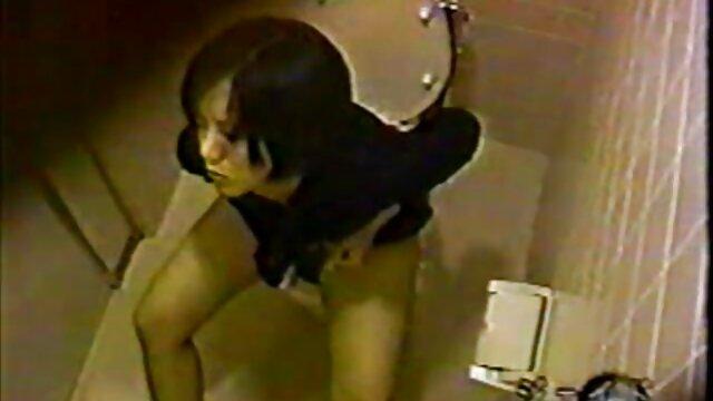 Agujas pilladas videos sexo en las tetas 2