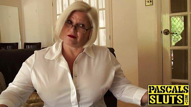 Botín videos eroticos pillados blanco folla consolador negro
