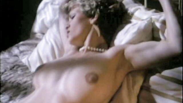 El pillados follando casero famoso agujero de la gloria de la BBC con Aaliyah Love